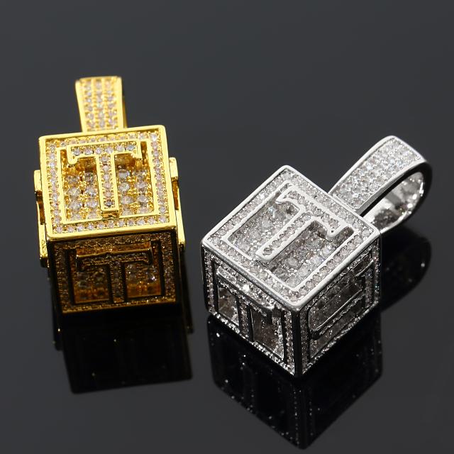 キュービック 3D ペンダント CZダイヤ(キュービックジルコニア)イニシャル T Cubic