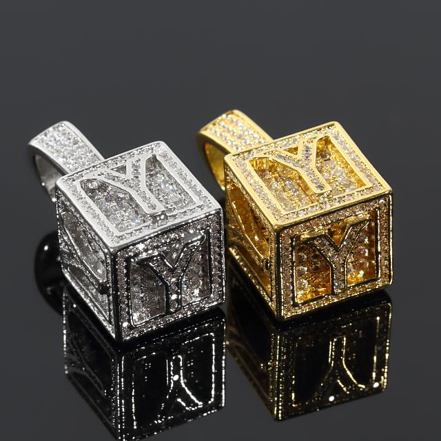 キュービック 3D ペンダント CZダイヤ(キュービックジルコニア)イニシャル Y Cubic