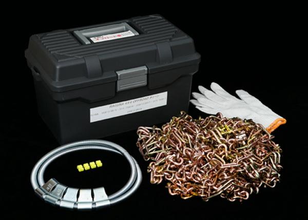 4X4 OFFROAD CHAINジムニーJA11V JA12W JA22W JB23W JB64W JB74Wスパイク付きタイヤチェーン 大径タイヤ225/75-16 235/75-15 215/80-16用 受注製作品、即納不可