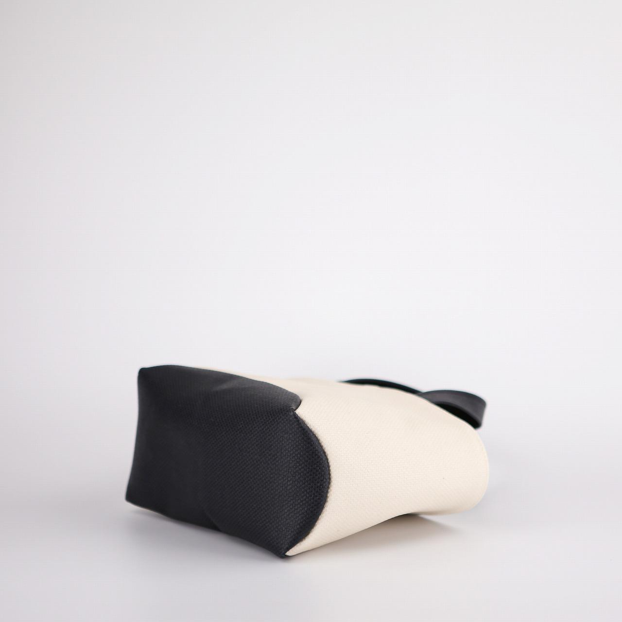 クレセントトート PVCバッグ