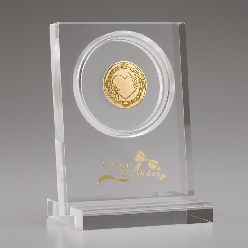 お誕生おめでとう!メダル メダルとアクリルスタンドのセット 純金製 天使