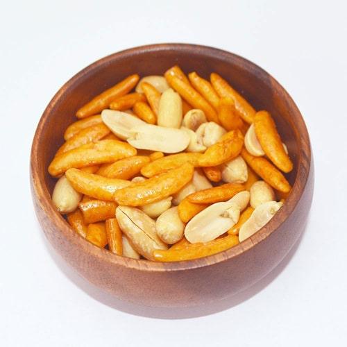 北海道限定!亀田の柿の種 3種アソート(松尾ジンギスカンたれ風味・スープカレー風味・北海道チーズ味)