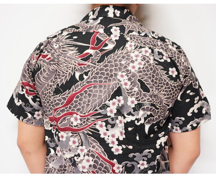 衣櫻 ころもざくら 和柄 半袖シャツ 日本製 MADE IN JAPAN メンズ サザンクロス素材 巨大双龍 SA-1329 送料無料【衣櫻から新作和柄半袖シャツが登場!!】