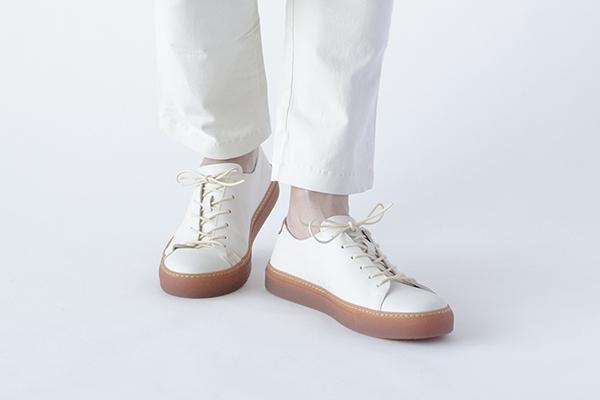 レザースニーカー 白  メンズ COVE BONE コーブ オフホワイト
