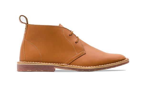 革靴カジュアル レディース FAYE フェイ コニャック 茶 チャッカーブーツ