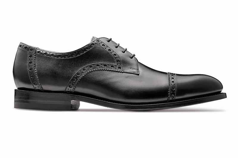 革靴 ストレートチップ NEWTON ニュートン ブラック グッドイヤーウェルト メンズシューズ