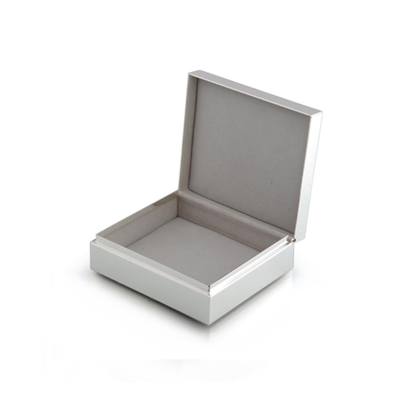 BOXエマイユホワイト&シルバー