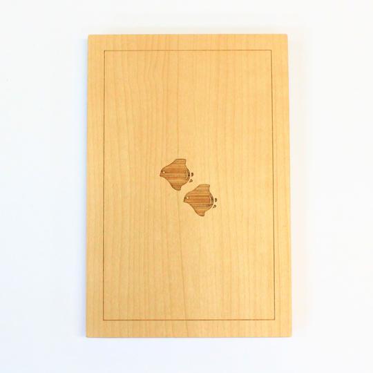 木でできた御朱印帳「波に千鳥」