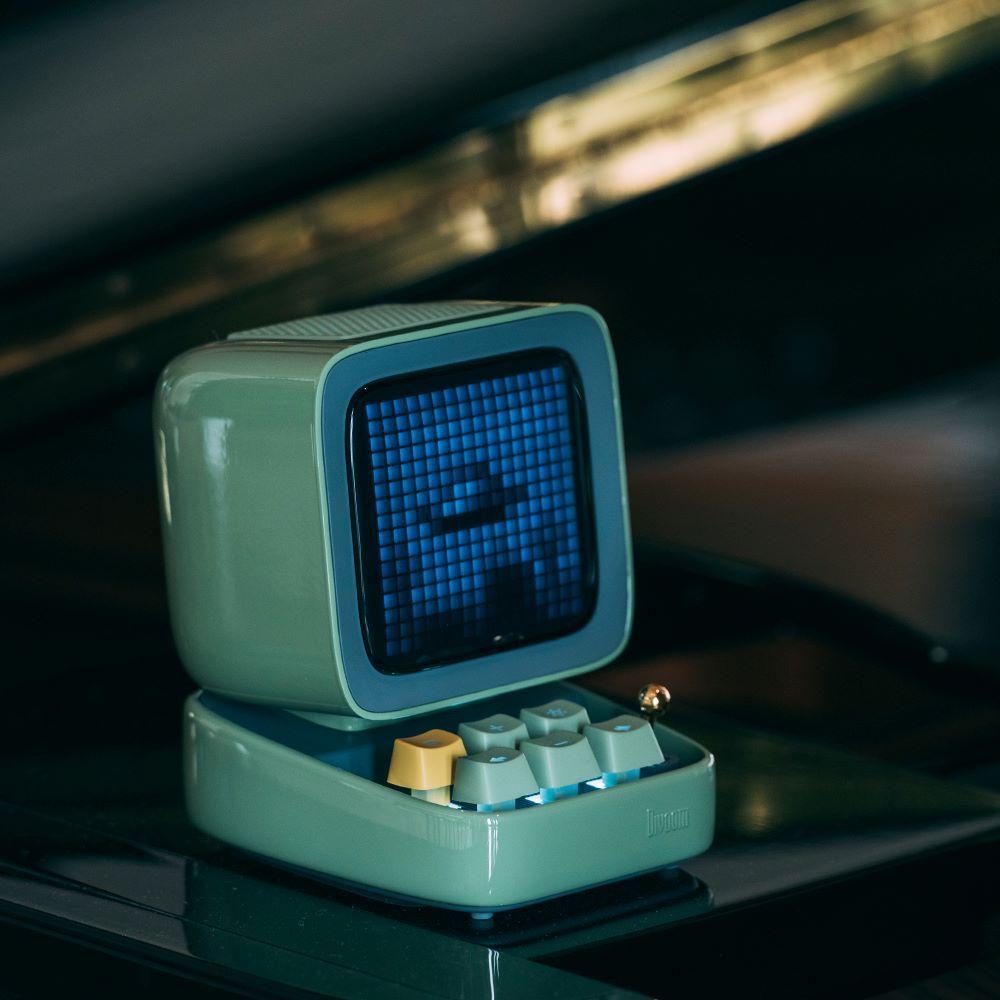 レトロパソコン型スピーカー「DITOO グリーン」