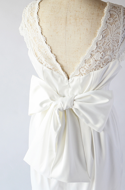 【即納】デコルテレースのウェディングドレス/ショート丈[ds001]