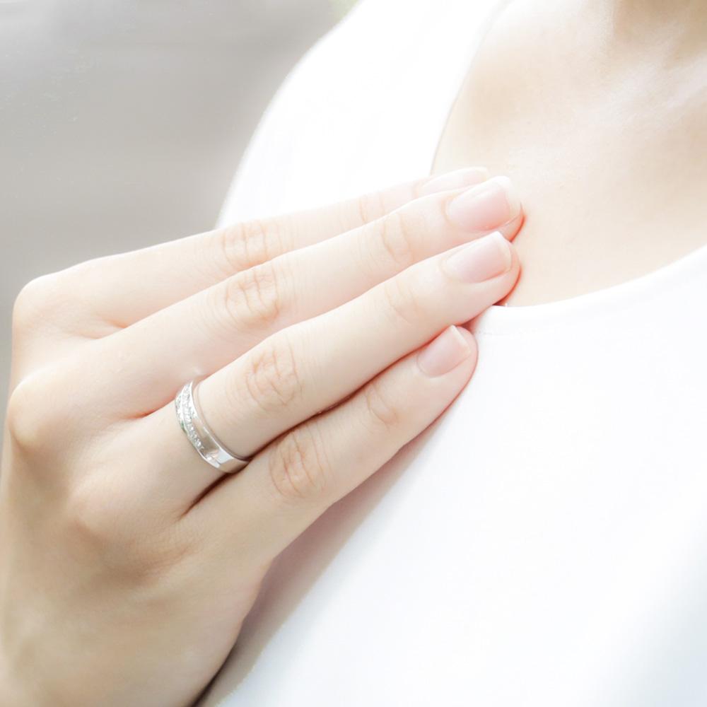 メモリアルリングMR06 地金:K18WG (18Kホワイトゴールド) 〜遺骨を内側にジェル封入する完全防水の指輪〜