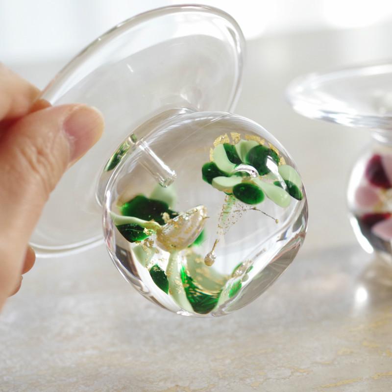 職人が吹きガラスでつくるガラスのお香たて 水中花 (グリーン×金箔)