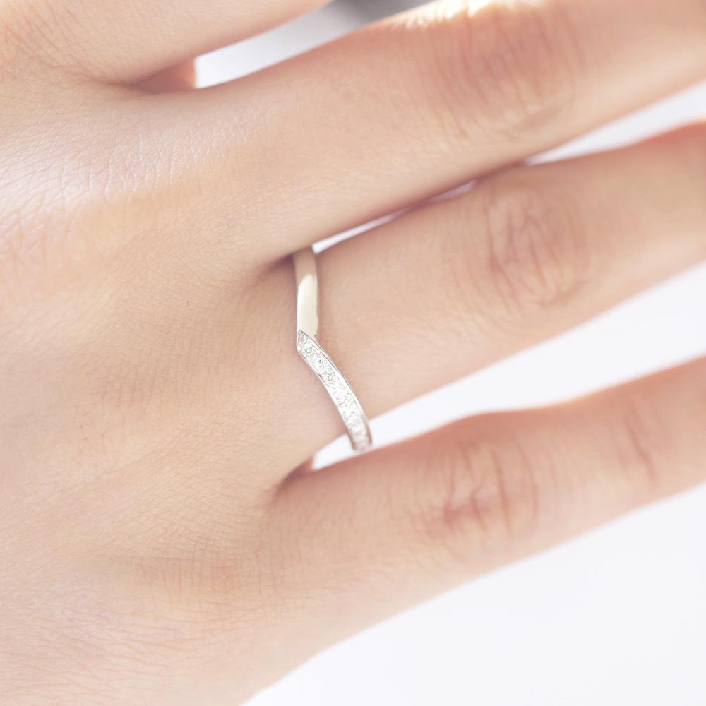 メモリアルリングMR11 地金:Pt900 (プラチナ) 〜遺骨リング ,完全防水の指輪〜