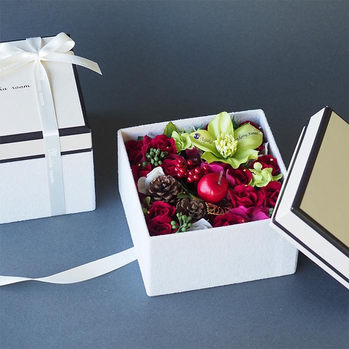 冬のボックスフラワー(花材お任せ)【誕生日・結婚記念日・クリスマスプレゼント】