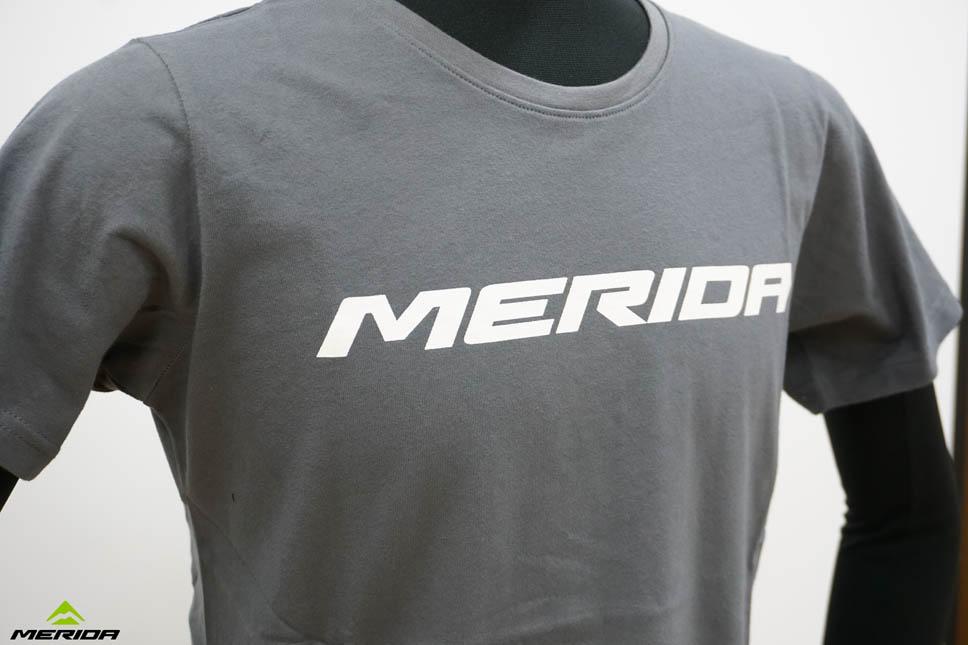 TシャツMERIDAビックロゴ