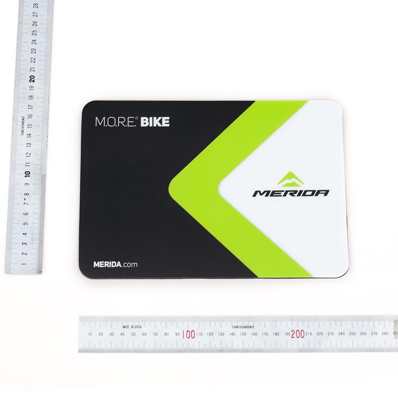 マウスパッド ブラック/グリーン/ホワイト 18 X 22 cm
