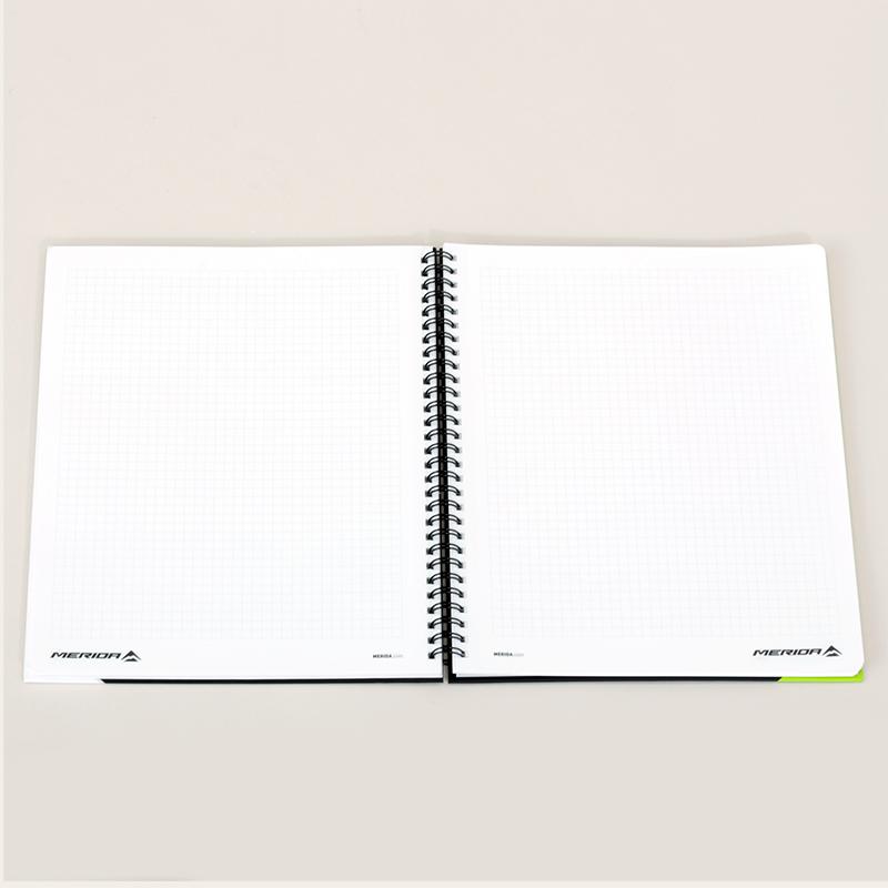 ノートブック 21x26cm