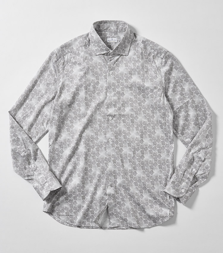 SONRISA(ソンリーサ)リーフ柄プリントジャージーシャツ