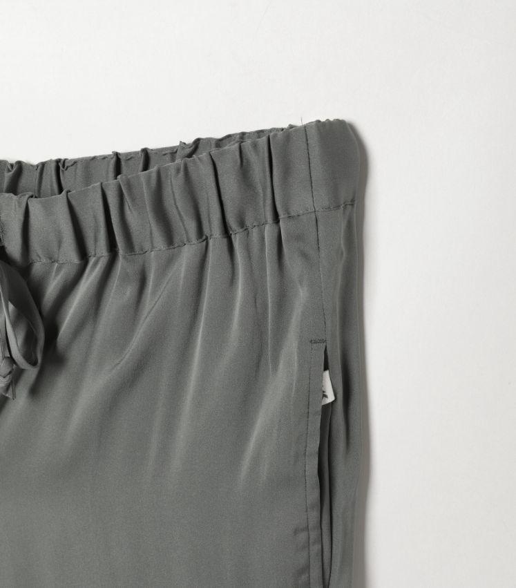 LOOKSEA(ルクシー)SILK EASY PANTS