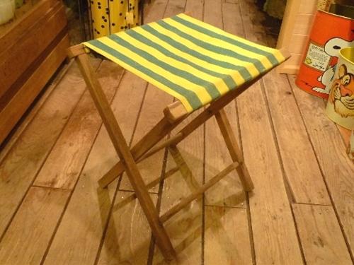 キャンバス地 折りたたみ椅子