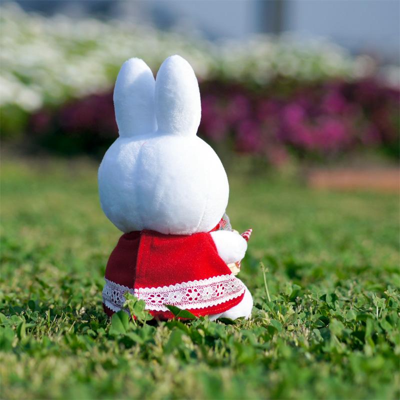 """[609758] ぬいぐるみ ミッフィーズガーデン """"赤いお花の贈り物"""" [miffy][Dick Bruna]"""