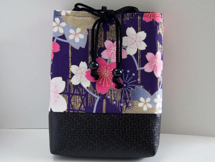 女性用巾着袋 信玄袋 ポーチ「桜浪漫巾着(紫)」■小室久美子