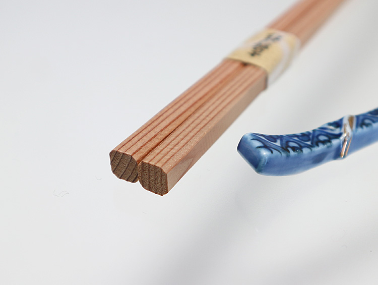 赤味角箸26cm 吉野杉箸 赤味柾目五分長 面取り 100膳 ■大月商店