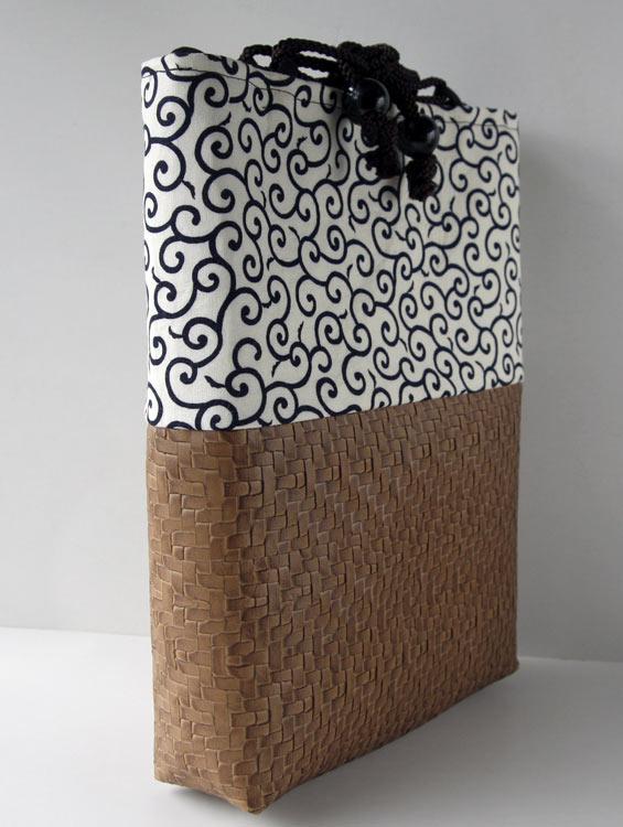 男性用巾着袋 メンズ 信玄袋(合切袋)【唐草 白】 ■小室久美子