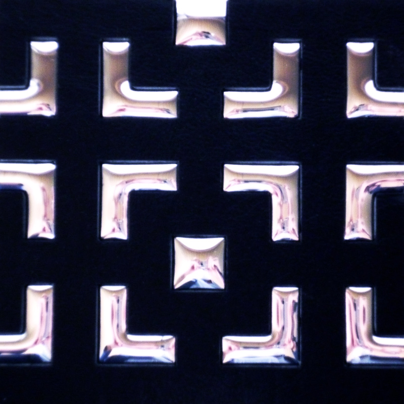 【NDCB008-3】壁面装飾パネル ABS樹脂製 サンプロント ブラック&シルバー 裏面シール有り 1/3カット 970×1000mm