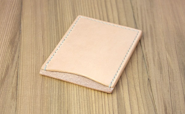 栃木レザー カードカバーB(1枚用縦型)【オーダーメイド お好みの革色糸色選べます】【ゆうパケット対応】