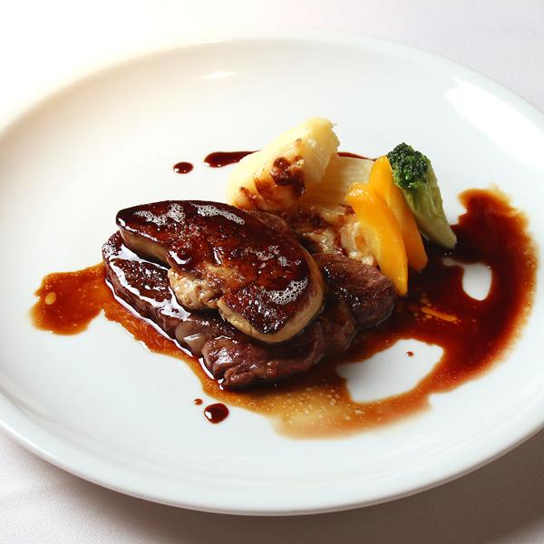 【宅配】高山シェフの国産牛フィレ肉とフォアグラのロッシーニ マデラソース