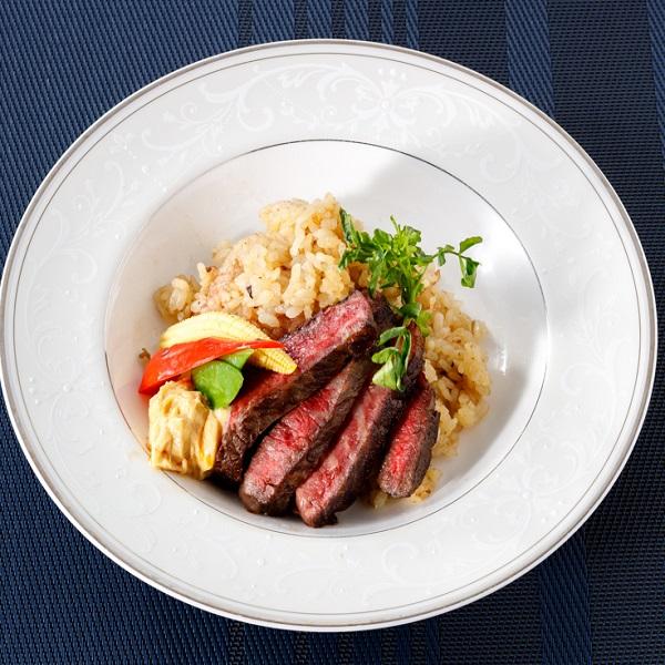 「大和」 国産サーロインとフィレの贅沢ステーキ丼  帆立と彩り野菜の冷製コンソメスープ(2人前)