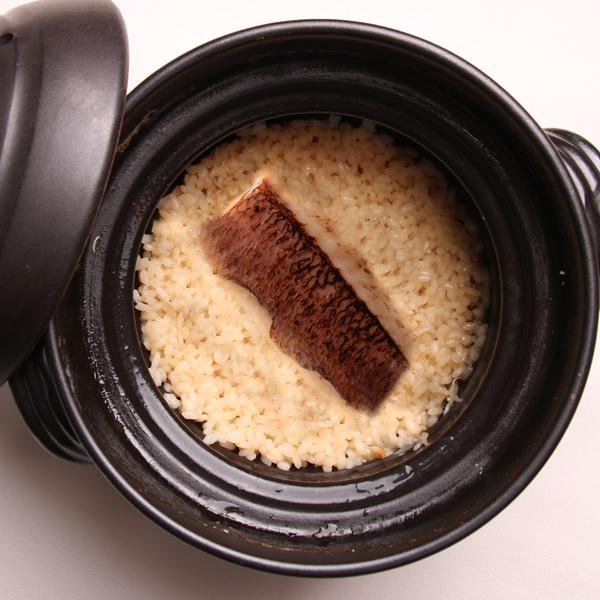 【宅配】吉野の天然鯛の炊き込みご飯 (4合セット)