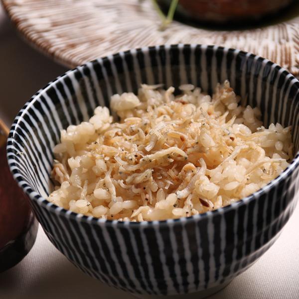 [吉野] 天然鯛の炊き込みご飯2合+へしことじゃこの炊き込みご飯2合セット