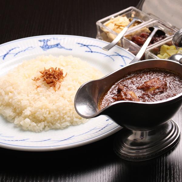 【宅配】三笠会館伝統のインド風チキンカレー&ビーフシチューセット(4食分)