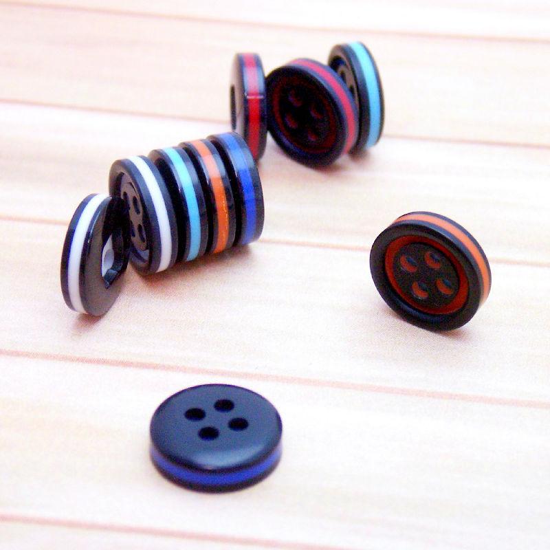 手作り大好きな人にブラックx原色のボタンセット