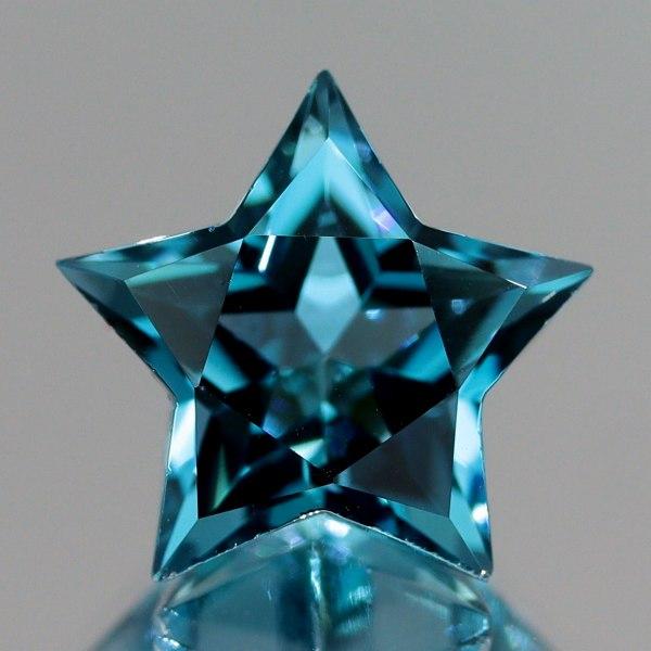 天然トパーズ 10mm  【スター】 ロンドンブルー ワンランクアップの輝き