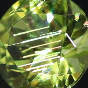 天然ペリドット 0.06ct 【隕石】 パラサイト
