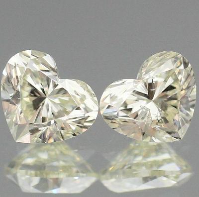 0.61ct/2P天然ダイヤモンド【ハート・ペア】