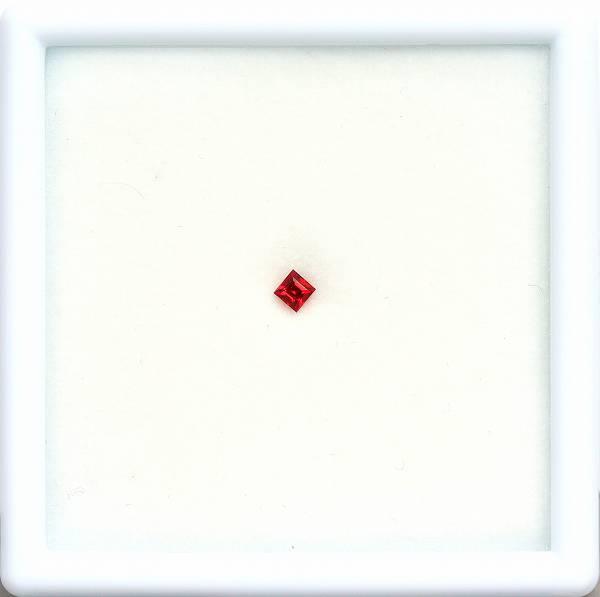 天然スピネル 0.12ct 【レッド】 ミャンマー