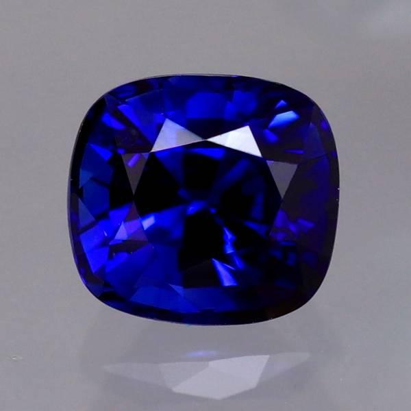 天然サファイア 0.89ct 【ROYAL BLUE】 スリランカ