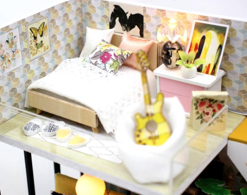 ミニチュアキット シンシアの休日 [M031Z] ドールハウス 組み立てDIYキット(パーツは塗装済み) [m-s]【 ネコポス不可 】