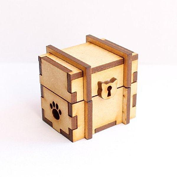 猫のミニチュア 宝箱 1/12スケール 完成品 ドールハウス [m-s]【 ネコポス不可 】【C】