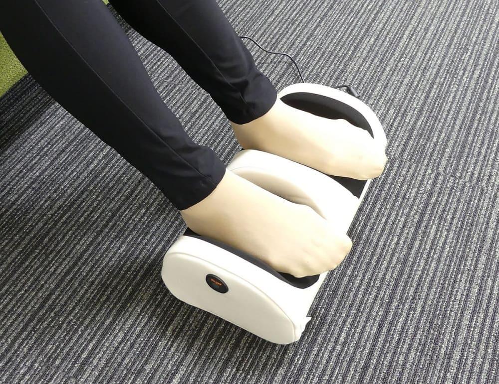 足も〜む ホワイト 58379<クロシオ>