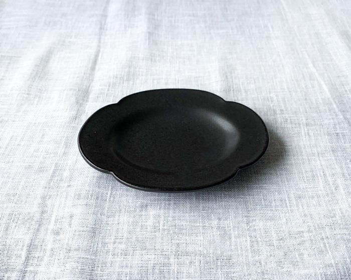 Petit オーバル ブラック