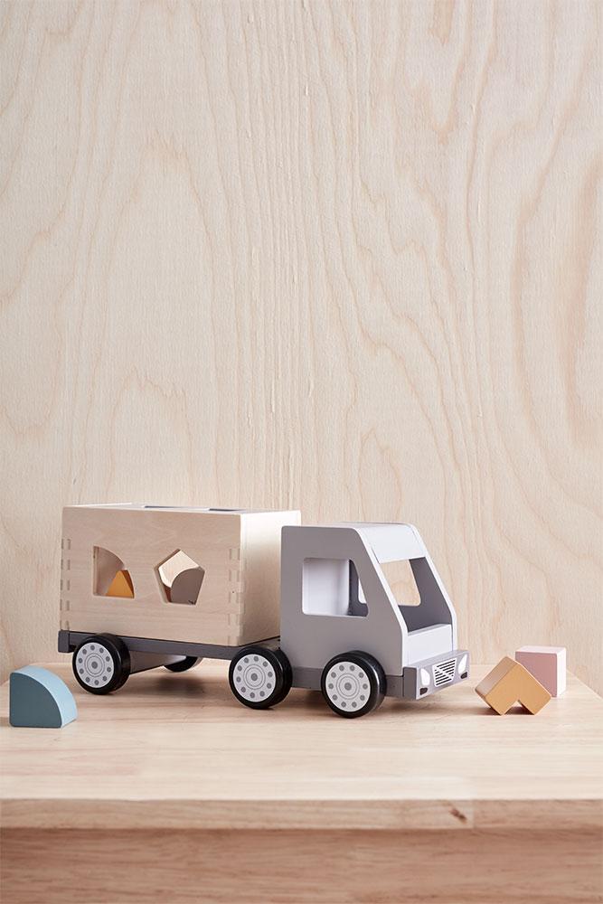 Kid'sConcept Sorter Truck AIDEN(キッズコンセプト ソータートラック)