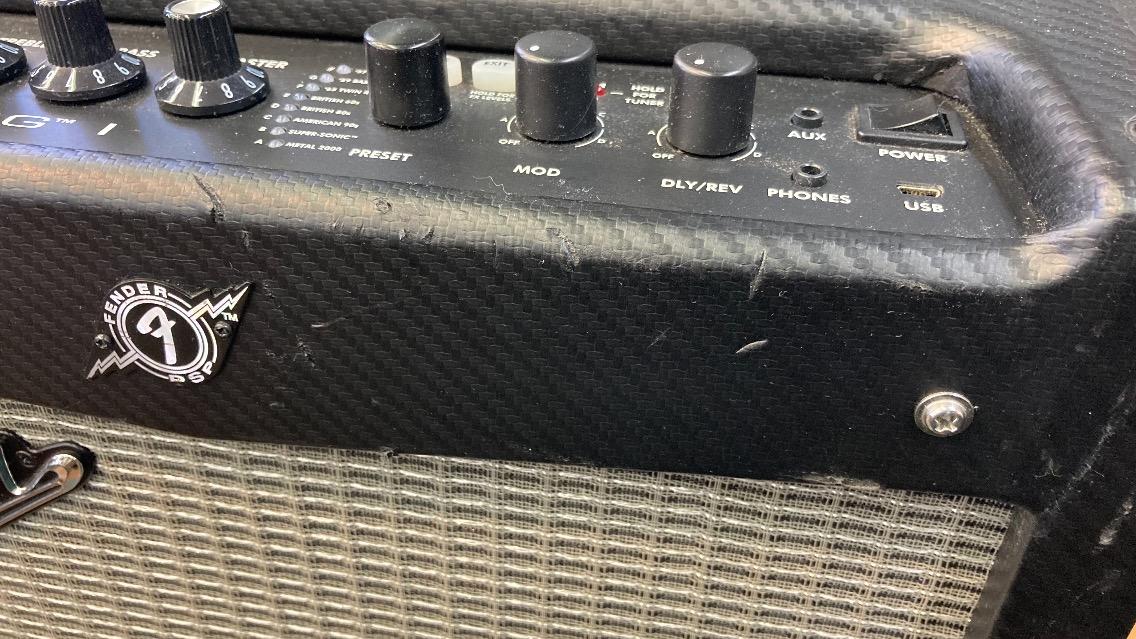 u46547 Fender [MUSTANG �] 中古 エレキアンプ 動作ok