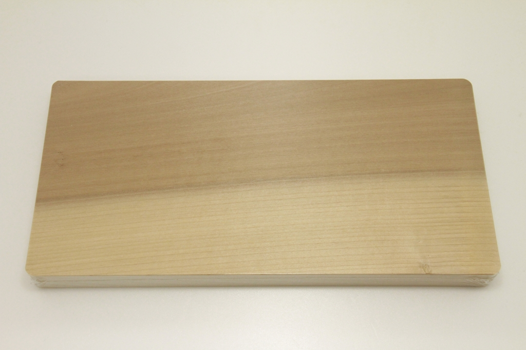 朴の木まな板 33cm