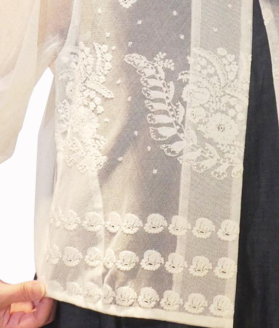 つりがね草刺繍のコットンチュールボレロ