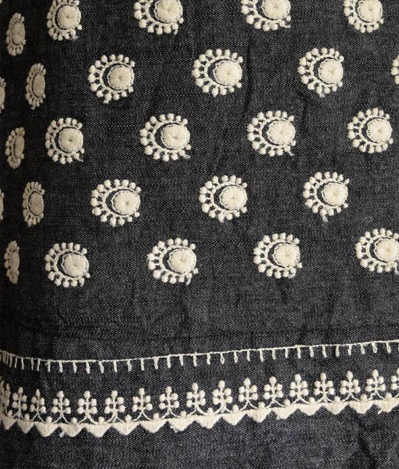 ラクナウ刺繍風スカート